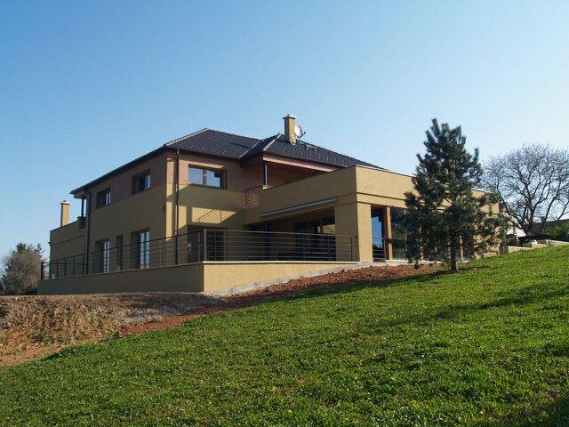 Novostavba vily v Lánech